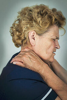 Caring for Someone with Chronic Pain: Tips for Caregivers of Elders