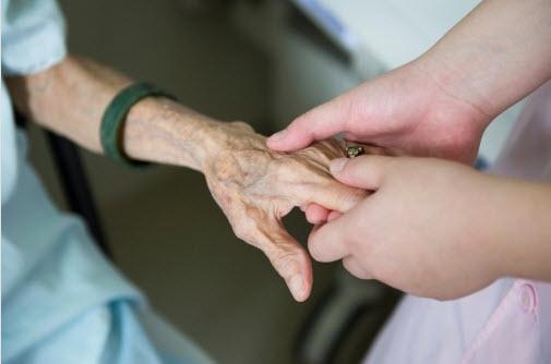 massage_and_the_elderly